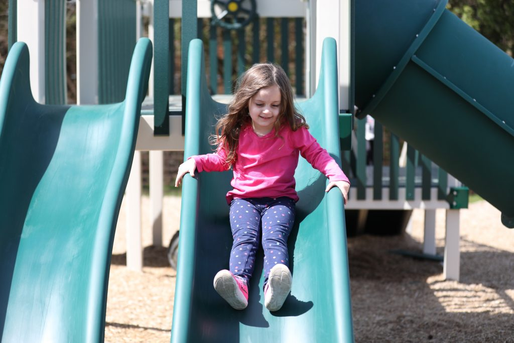 highland_Orchards_contact_slide